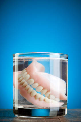 Tips for Living With Dentures